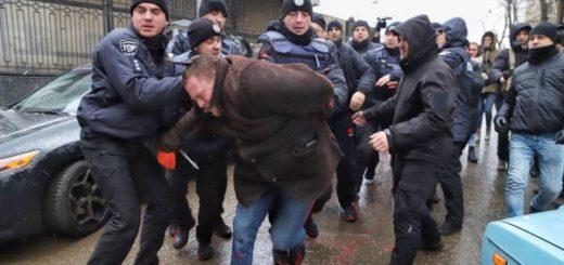 468632_v_odesi_policija_zatrimala_uchasnikiv_akc.jpeg