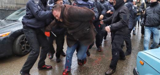 468638_v_odesse_aktivisty_podralis_s_policiej_vo.jpeg