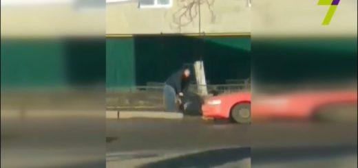 469649_sbil_i_ottawil_na_trotuar_odesskie_patrul.jpeg